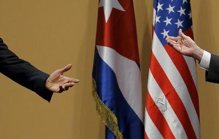 Cuba wants to sign accords with U.S. before Obama exit: officials