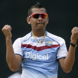 Narine cleared of injury fears