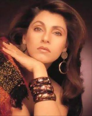 dimple kapadia and rajesh khanna story