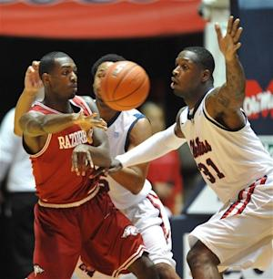 Mississippi beats Arkansas 71-63