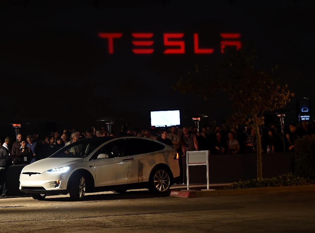 Tesla taking orders for $80K electric SUV