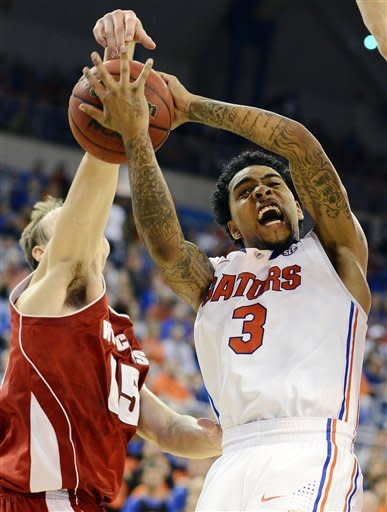 No. 10 Florida handles No. 22 Wisconsin 74-56