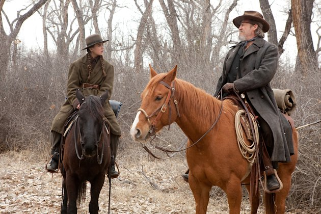 Hailee Steinfeld Jeff Bridges True Grit Production Stills Paramount 2010