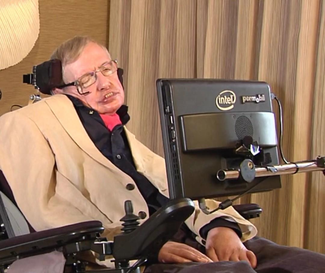 Stephen Hawking warns of 'AI arms race' – and reveals what most mystifies him