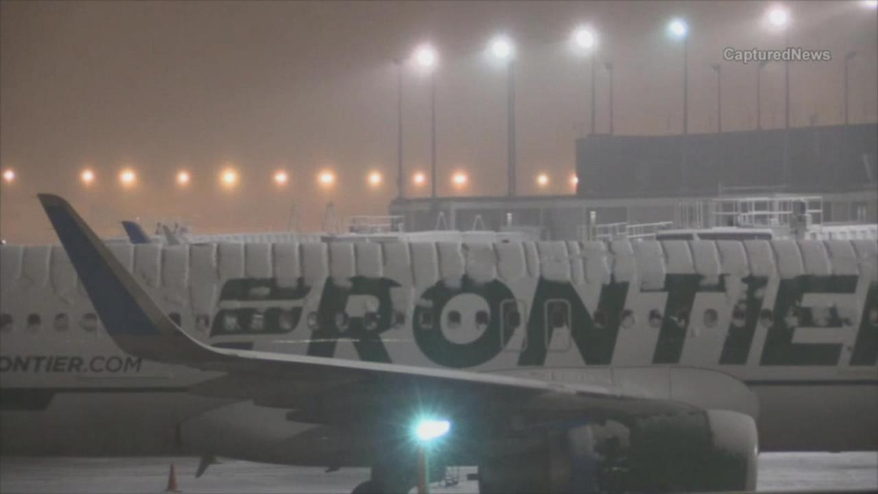 More Than 1,100 Flights Canceled Due to Snow Storm