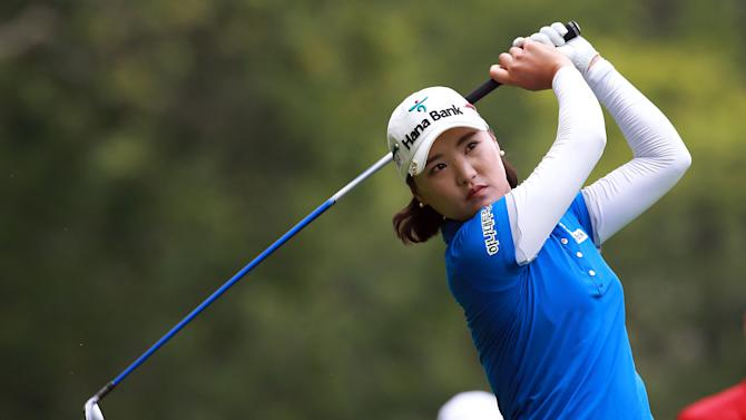 Golf - Ryu bags nine birdies in Canada, grabs LPGA lead