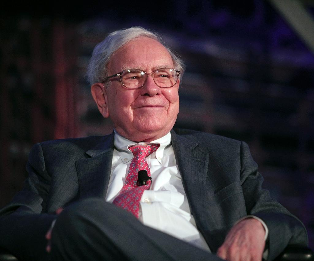 Billionaire Buffett hints at successor after 50-year milestone