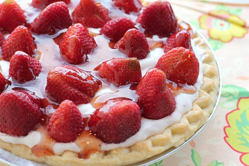 Fresh and Fit Strawberry Pie
