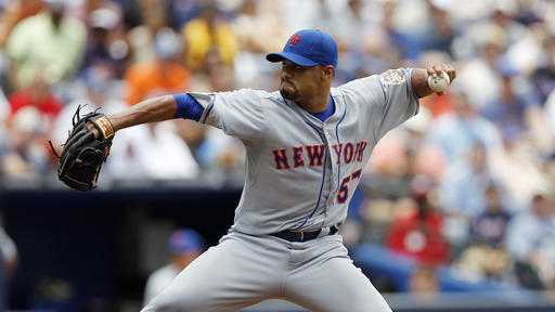Blue Jays sign LHP Johan Santana, hope for return to majors