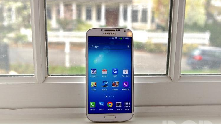 Galaxy S4 owners are ditching their phones much faster than Galaxy S III owners did