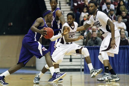 No. 18 Mississippi St beats Northwestern St 82-67