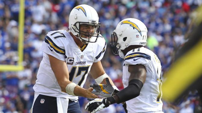 Rivers leads Chargers to 22-10 win over Bills