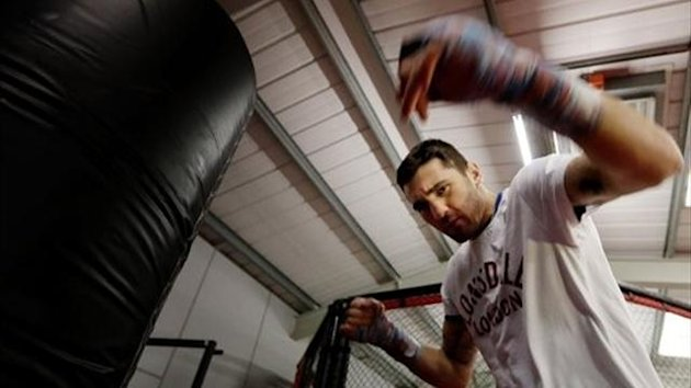 Nathan Cleverly at a media workout in Wales (photo: Scott Heavey)