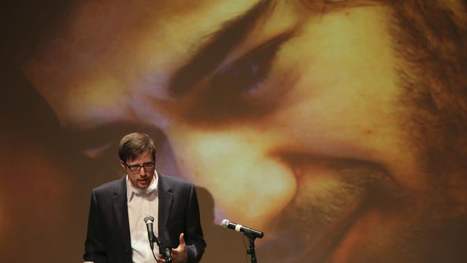 Ben Winkler, a long time friend, speaks during the memorial service for Aaron Swartz, Saturday, Jan. 19, 2013 in New York. Friends and supporters of Swartz paid tribute Saturday to the free-information activist and online prodigy, who killed himself last week as he faced trial on hacking charges. (AP Photo/Mary Altaffer)