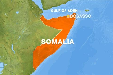 Dozens of migrants dead or lost off Somalia