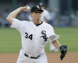 Floyd, Beckham dominate as White Sox beat Cubs 7-0
