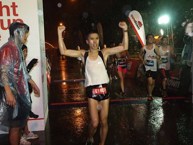 Alex Ong Seng Lee emerging victorious for the 42km Men's Open. (Photo courtesy of HiVelocity Events)