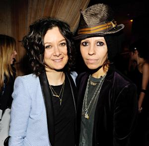 Sara Gilbert Engaged to Girlfriend Linda Perry