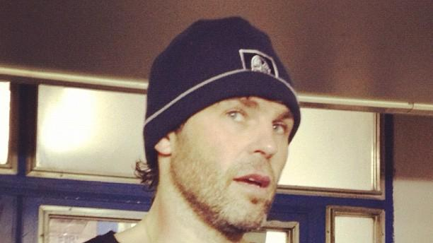 Jaromir Jagr talks to Prague media  in old Flyers undershirt (#NickInEurope)