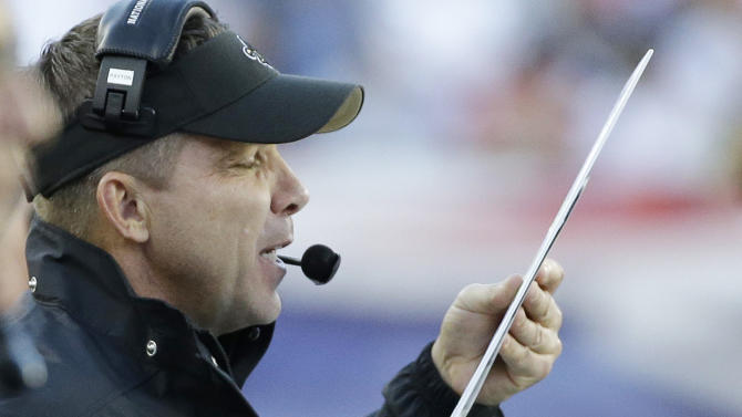 Payton seeks to encourage Saints after tough loss