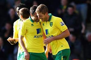 Norwich 2-2 Swansea: Moore leveller keeps Canaries in relegation mix