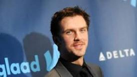 'Downton Abbey's Dan Stevens In Lancelot Mode For 'Night At The Museum 3′