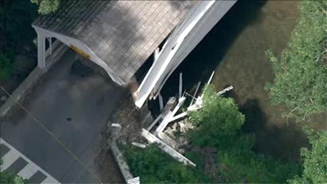 Covered bridge struck in Chester Co.; driver sought