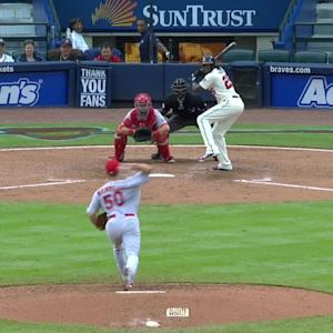 Wainwright strikes out Maybin