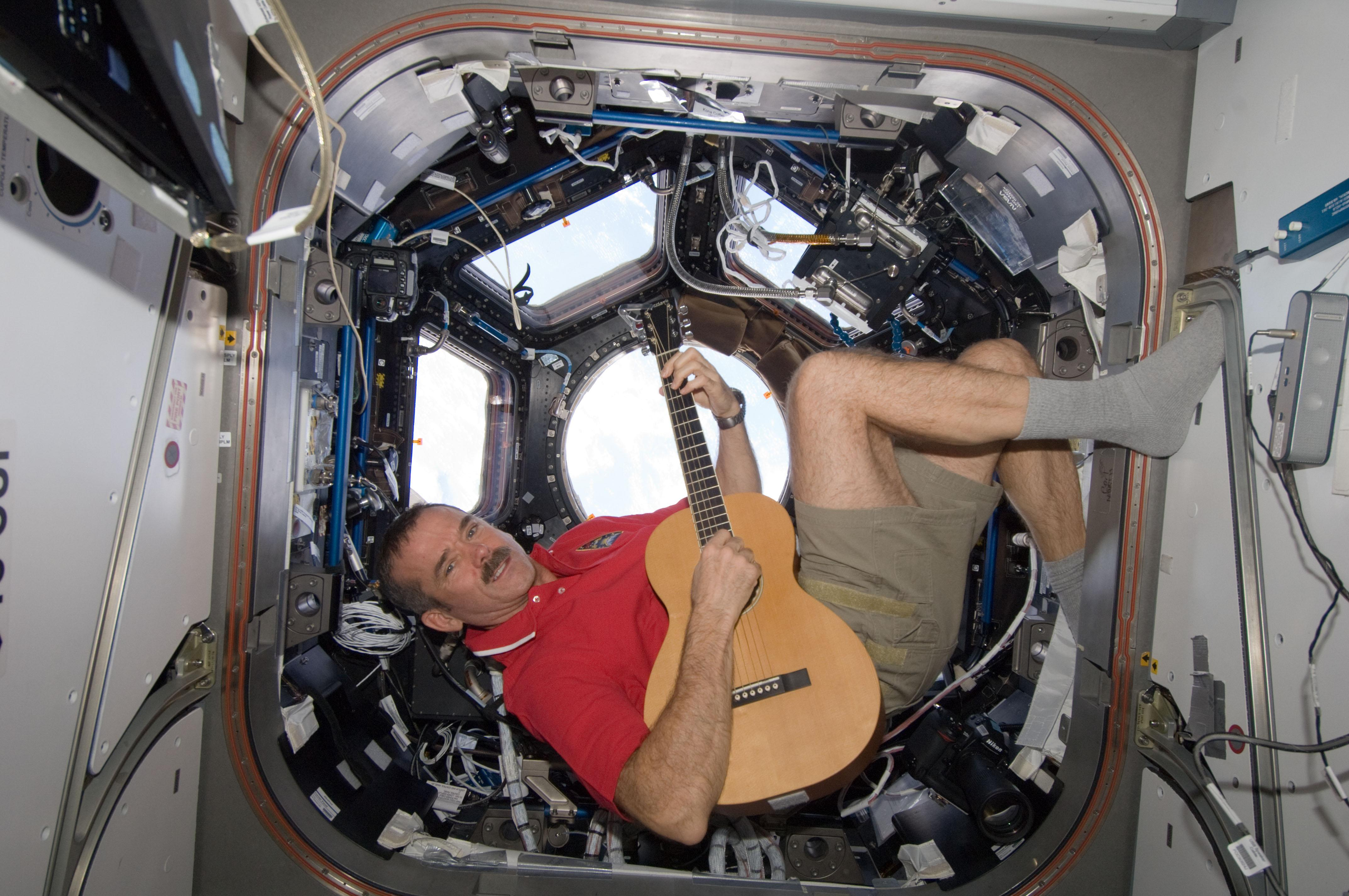Astronaut Chris Hadfield debuts first album recorded in space