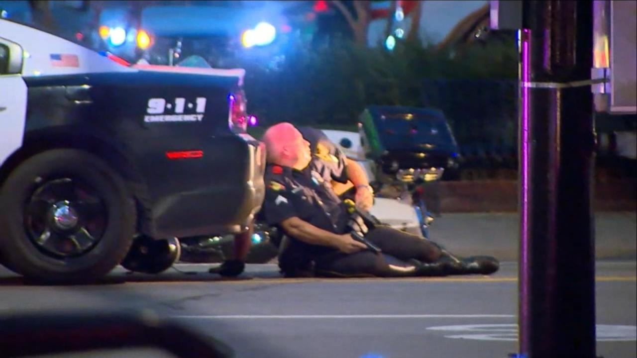 1 Cop Killed, Another Injured in San Diego Shooting; Suspect in Custody