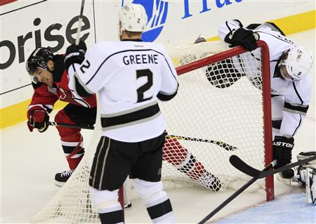 Devils Lead Kings 1-0 After First Period Of Cup Finals