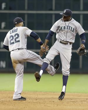 Seattle beats Astros 5-2 to sweep series