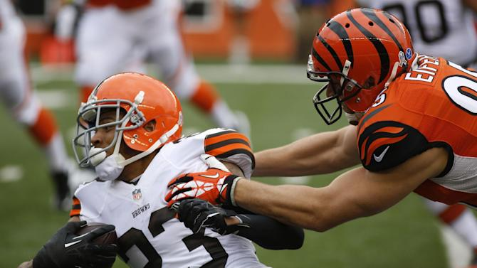 Bengals score 31 in 2nd quarter, beat Browns 41-20