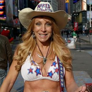 'Naked Cowgirl' to Entertain Super Bowl Fans