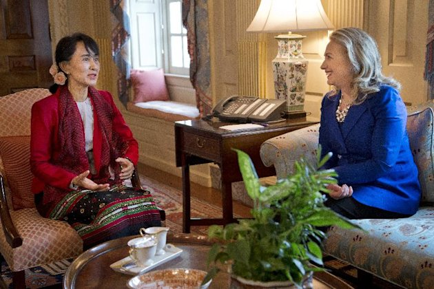 Secretary of State Hillary Rodham Clinton, right, meets with Myanmar democracy leader Aung San Suu Kyi at the State Department on Tuesday, Sept. 18, 2012 in Washington. (AP Photo/ Evan Vucci)