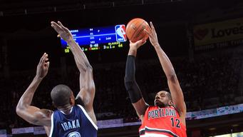 Aldridge leads Trail Blazers over Thunder