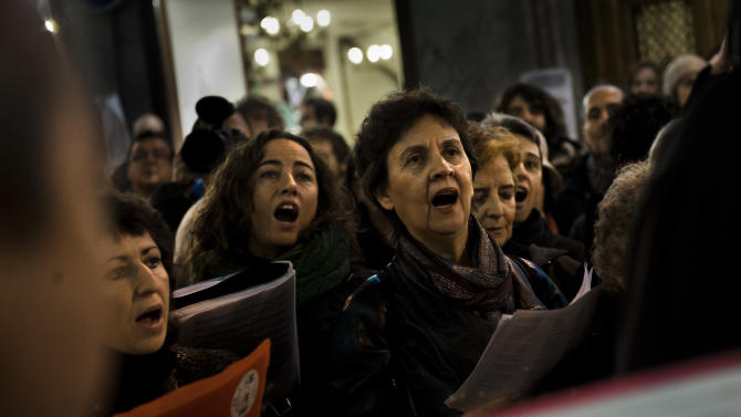 Spanish woman jumps to her death as eviction looms