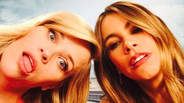 Reese Witherspoon, Sofia Vergara Adorably Lip Sync to Taylor Swift and Miley Cyrus Songs