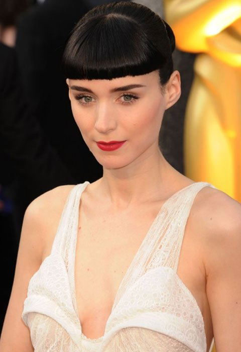 "Rooney Mara  Best-actress nominee Rooney Mara went from ""Who's that girl?"" to red carpet regular with back-to-back David Fincher movies. Response has been mixed: Some great fashion moments mixed with"