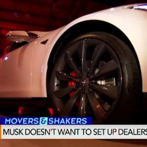 Musk Offers Teslas in China Online Through Alibaba