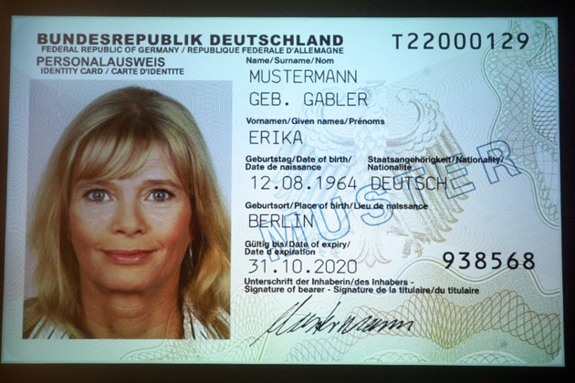 Mustermann Frau