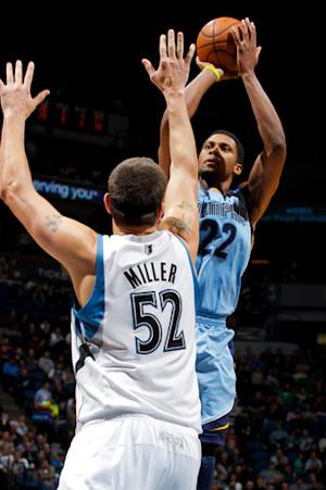 Gay, Grizzlies recover to top Timberwolves 91-84