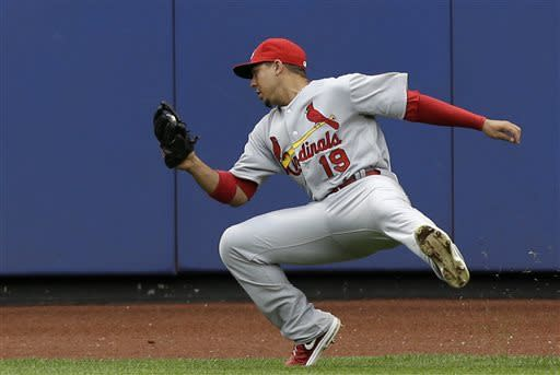 Wainwright leads Cards over Mets and Harvey 2-1
