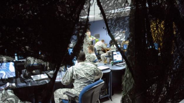 US gov't building hacker army for cyber war