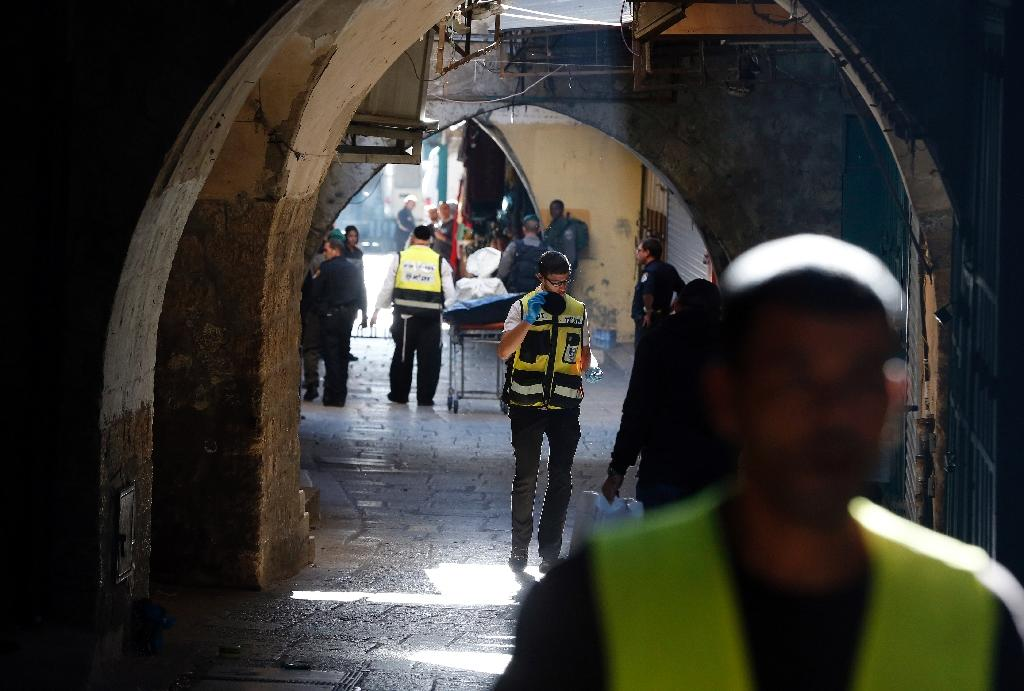 Police kill Palestinian in Jerusalem after stabbings