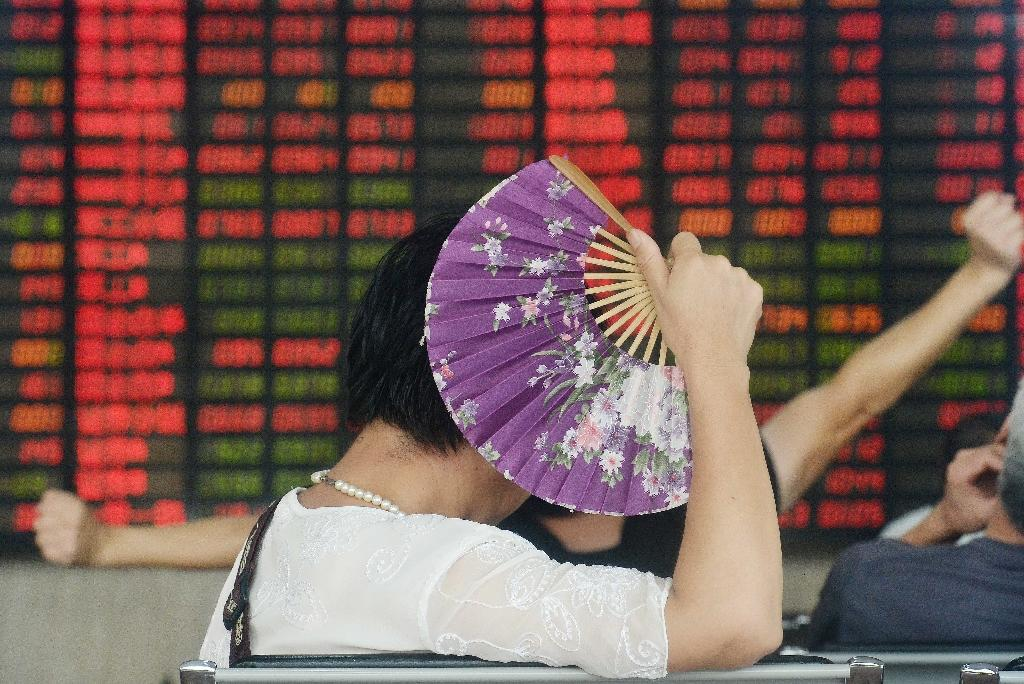 Global stocks climb as US growth offsets China fears