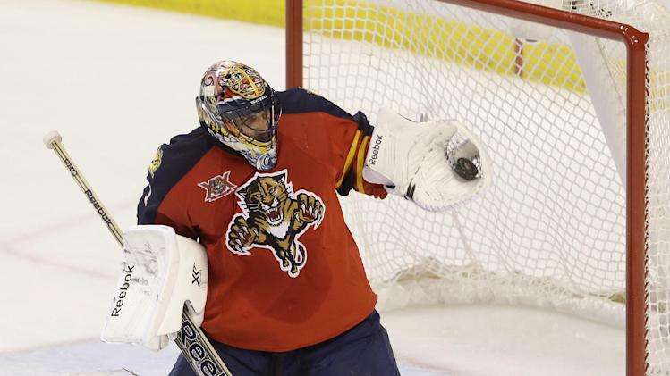 Panthers G Roberto Luongo injured in 1st period