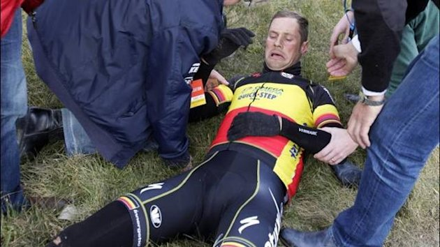 Tom Boonen after crashing at the Tour of Flanders (Imago)