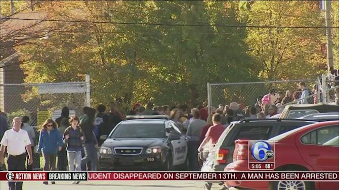 3 arrests, 1 injury after bomb threat and school fight at Newark High School in Delaware