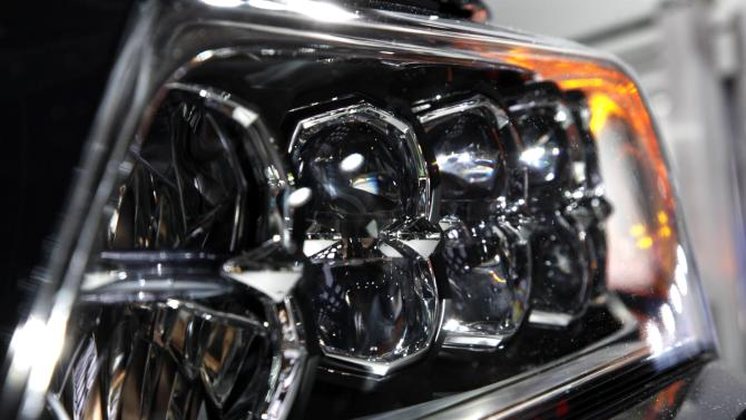 Bling is the thing on cars at Detroit auto show